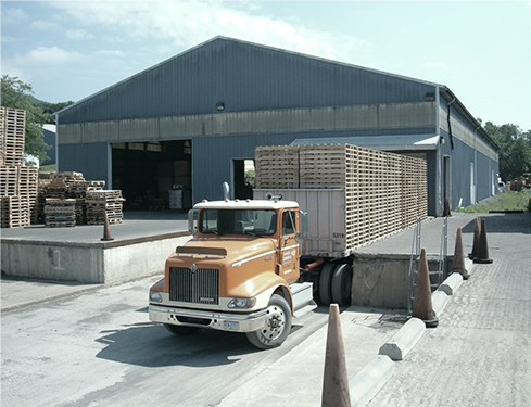 wooden-pallet-shipment-leaving-berry-industrial-plant